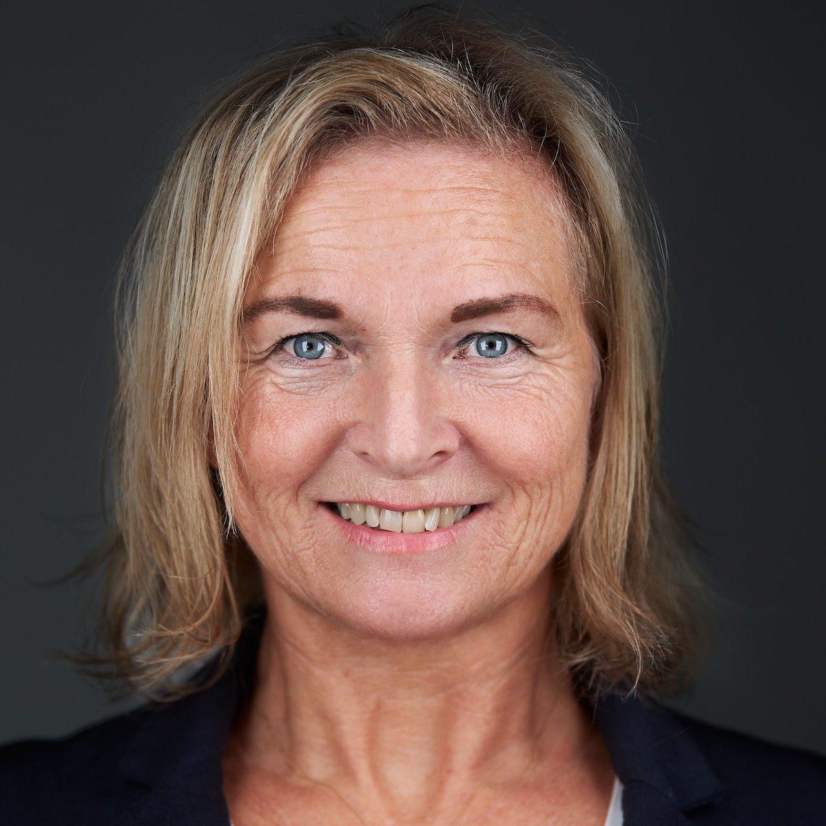 Vitae Company Esther Kolzer
